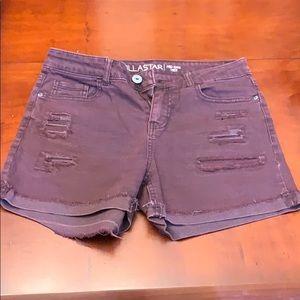 Juniors maroon shorts